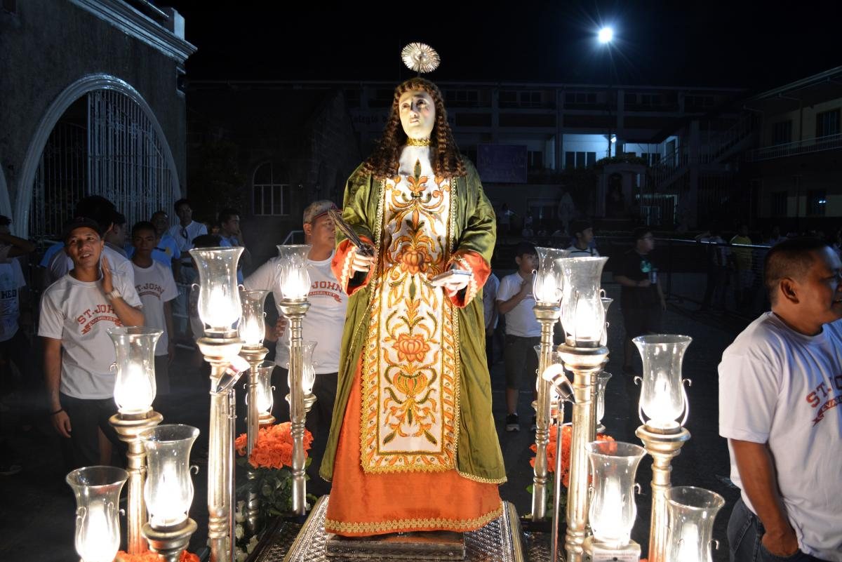 Salubong welcomes Risen Christ Easter morning in the