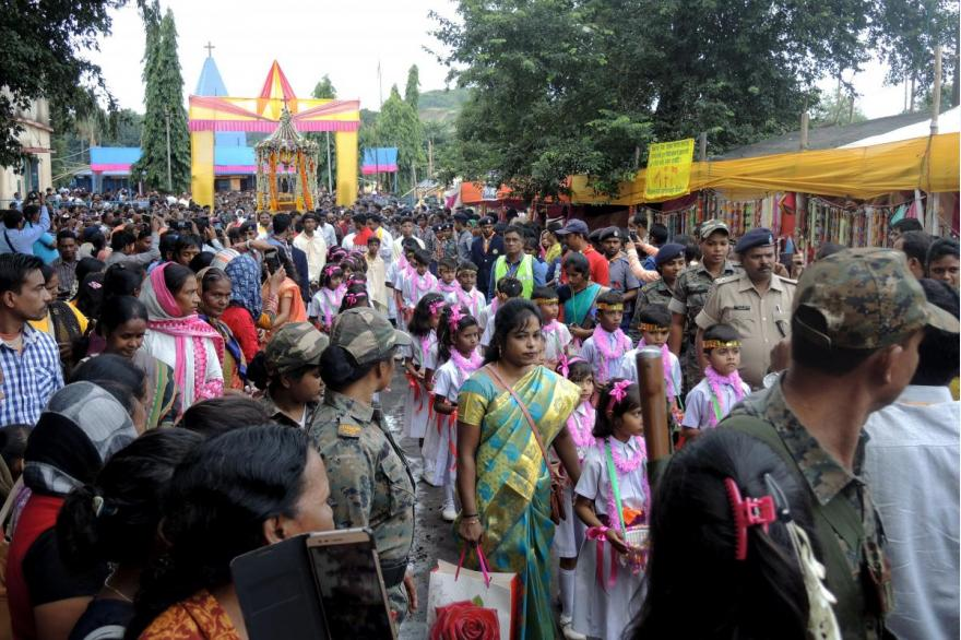 The festival for the Dhori Mata brings tens of thousands of Catholics, Hindus and Muslims to the village of Jarangdih in North India.