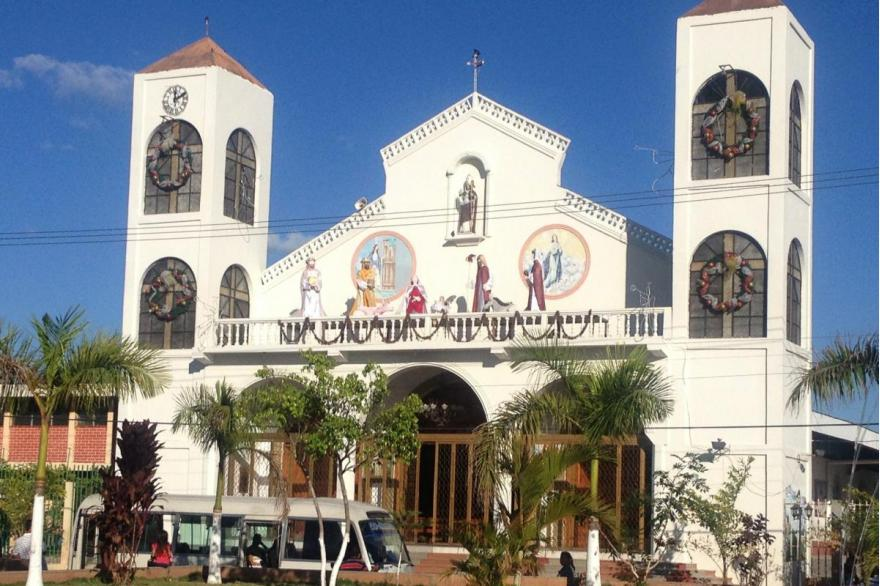 El Salvador churches